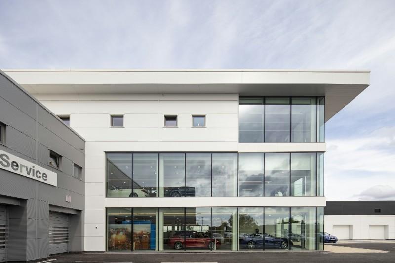 Williams BMW Trafford